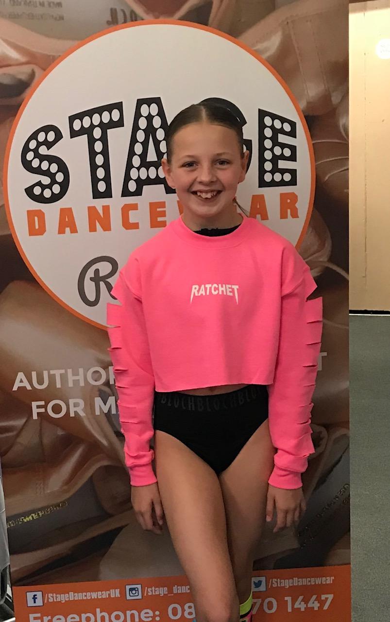 Ratchet Clothing Junior Slash Sleeve Crop sweat